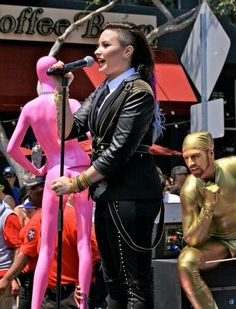Demi Lovato is the LA Pride Parade Grand Marshal! 08-06-14