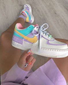 Back to the with these amazing new sneakers from Nike. They come in the original design of the Air Force 1 but then with double layered details. In beautiful pastel rainbow colors. Named Nike Air Force 1 Shadow Pale… Zapatillas Nike Air Force, Nike Af1, Nike Shoes Air Force, Nike Air Max, Nike Air Force 1 Outfit, Nike Sneakers, Sneakers Fashion, Fashion Outfits, Fashion Fashion