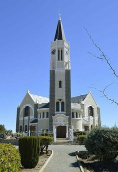 Dutch Reformed church, Hanover - Morné van Rooyen Gothic Cathedral, Take Me To Church, Sacred Architecture, Church Building, Brick And Stone, Place Of Worship, Kirchen, South Africa, Mansions