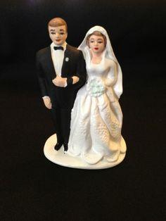Vintage Lefton Japan No. 2198 bride & groom wedding cake topper figurine