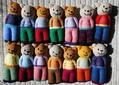 Aussie Knitting Threads Ready Teddy In A Square ! aussie strickfäden ready teddy in a square ! aussie knitting threads ready teddy in a square Beginner Knitting Patterns, Knitting Paterns, Free Knitting, Knitting Projects, Baby Knitting, Knitted Dolls Free, Knitted Doll Patterns, Animal Knitting Patterns, Crochet Patterns