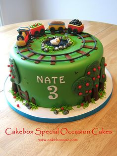 Train Cake by Cakebox Special Occasion Cakes, via Flickr