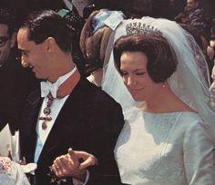 Prinses Irene draagt het Bourbon-Parma diadeem voor het eerst bij haar huwelijk in Rome, 1964