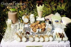 ice-cream-parlor-birthday-party-table-set-up by imtopsyturvy.com, via Flickr