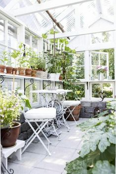 Attached greenhouse #shedplans Diy Greenhouse Plans, Outdoor Greenhouse, Small Greenhouse, Greenhouse Gardening, Outdoor Gardens, Greenhouse Wedding, Homemade Greenhouse, Dome Greenhouse, Pallet Greenhouse