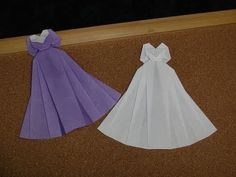 How to make an origami dress. ---------- Origami: Wedding Dress Designed by… Origami And Quilling, Origami And Kirigami, Paper Crafts Origami, Diy Origami, Oragami, Origami Instructions, Origami Tutorial, Paper Clothes, Paper Dresses