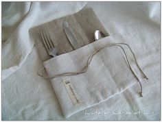 Tuto range-couverts 022 Couture Lin, Cutlery Holder, Creation Couture, Couture Sewing, Fabric Bags, Crafts To Make, Diy Gifts, Reusable Tote Bags, Purses