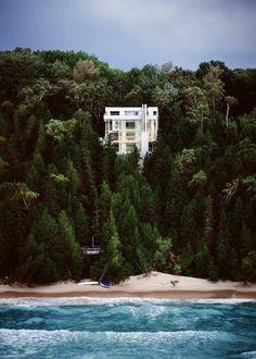Douglas House, Lake Michigan