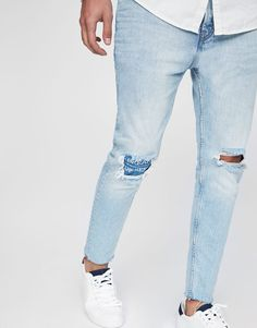 Jean déchiré coupe carrote - Jeans - Vêtements - Homme - PULL&BEAR France Pull & Bear, Fashion Killa, Mens Fashion, Skinny Fit, Skinny Jeans, Denim Art, Stylish Mens Outfits, Denim Jeans, Trousers