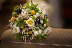 Matching bridal bouquet was perfectly in style with her bucolic style.