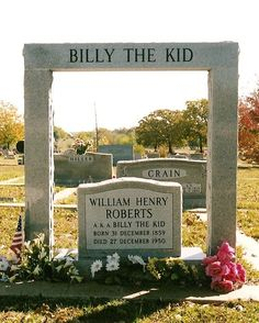 """Famous Graves-Billy The Kid's grave in Hamilton, Tx. This is the new """"Billy The Kid's Grave"""" Cemetery Monuments, Cemetery Statues, Cemetery Headstones, Old Cemeteries, Cemetery Art, Graveyards, Unusual Headstones, Famous Tombstones, Billy The Kids"""