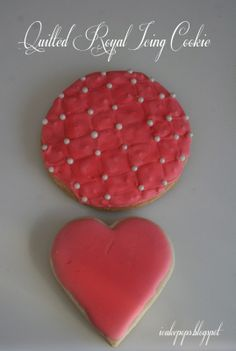 "Quilted or 'tufted"" royal icing cookie"