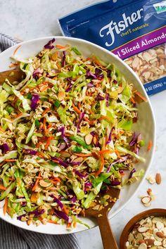 Ramen Noodle Salad Ramen Cabbage Salad, Asian Ramen Noodle Salad, Cabbage Salad Recipes, Cooked Cabbage, Healthy Salad Recipes, Chicken Salad, Ramen Coleslaw, Coleslaw Salad, Hair