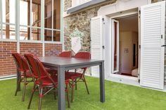 St Malo, Outdoor Decor, Home Decor, Triple Room, Bedrooms, Patio, Decoration Home, Room Decor, Home Interior Design