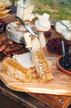 Dried fruits, cheeses and honeycombs are offered as part of the evenings spread.
