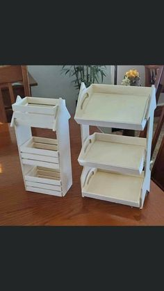 New Crafts, Diy Arts And Crafts, Home Crafts, Dollar Tree Decor, Dollar Tree Crafts, Wood Arrow, Craft Show Displays, Craft Room Storage, Diy Wood Projects