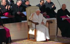 Pope confident God will guide Church in days ahead :: Catholic News Agency (CNA)