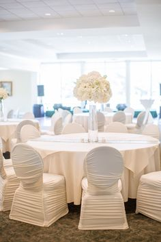 Hoover Country Club weddings. Summer wedding. white linens. white hydrangeas. main dining room. ballroom.