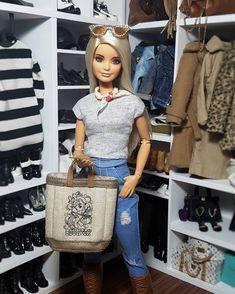 Instagram post by Barbieswall • Oct 2, 2018 at 4:41pm UTC Bad Barbie, Barbie Doll House, Barbie Life, Barbie World, Barbie Dress, Barbie Clothes, Beautiful Barbie Dolls, Vintage Barbie Dolls, Barbie Tumblr