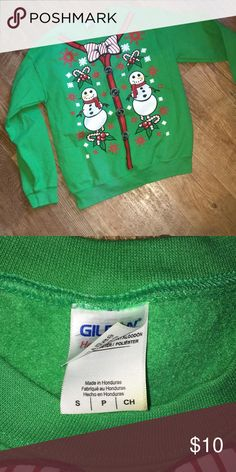 Gildean Ugly Christmas Sweatshirt Size S This gently used Sweatshirt is perfect for that Ugly Christmas sweater party! Gildan Tops Sweatshirts & Hoodies