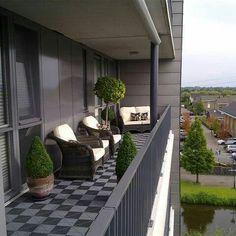 🇵🇱🌴Balkon & Taras w mieście🌱🇵🇱 в Instagram: «#balcony #balkon #aranżacja #inspiration #outudor #balconyview #balconygarden #balkong #balcón #paisagismo #jardim #jardinagem #plantinhas…» Condo Balcony, Interior Balcony, Balcony Plants, Apartment Balconies, Balcony Design, Modern Balcony, Outdoor Balcony, Outdoor Rooms, Outdoor Living