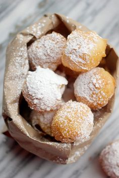 Pate a Choux Beignets Recipe- Baker Bettie Great recipe for French Beignets, which are entirely different than New Orleans Beignets. They keep better cold too, not that anyone would want to eat a cold beignet. Beignet Recipe, Just Desserts, Delicious Desserts, Dessert Recipes, Yummy Food, Donut Recipes, Eat Dessert First, Kakao, Gourmet