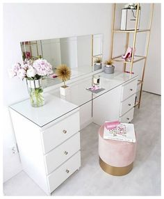 61 Dressing Table Design Ideas Home Design Dressing Table Design, Interior, Beauty Room, Home Decor, Room Inspiration, Stylish Bedroom, Room Decor, Bedroom Decor, Cute Room Decor