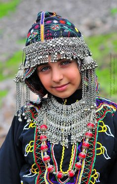 Yemeni girl wearing a traditional costume