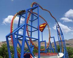 SUPERMAN ultimate flight roller coaster at Six Flags Discovery Kingdom Best Roller Coasters, Roller Coaster Ride, Six Flags America, Great America, Amusement Park Rides, Holiday Park, My Ride, Places To Travel, Around The Worlds