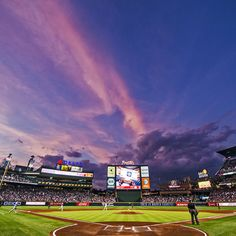 A perfect Atlanta sunset   (Photo by Pouya Dianat/Atlanta Braves/Getty Images)