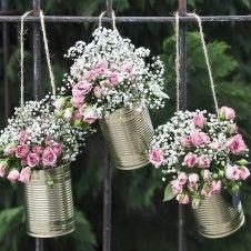 Tolle Idee für Blumendeko im Vintage-Style