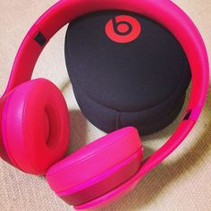 【poccho_gallery】さんのInstagramをピンしています。 《お気に入りのアイテム❤️🎶🎵❤️ My beats🎧🎧🎧 #music #音楽 #beats #beatsbydre #solo2 #ヘッドフォン🎧 #headphones #color #ピンク #pink #なぜか #cerezo #桜 #色 #意識 #my #favorite #item #goods #cool #nice #stylish #おしゃれ #enjoy》