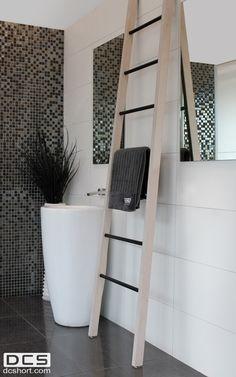 DCS Wooden Ladder - Matte white wash. Horizontal tubing variants, mirror polished, Satin, Matte black & Matte white. Safe low voltage, only horizontal tubing is heated.