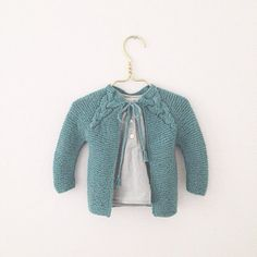 #Softisjakke fra Paelas. Normalt er jeg ikke for meget for grøn, men denne fra Sandnes garn var ikke til at stå for. #handmade #knitting #strik