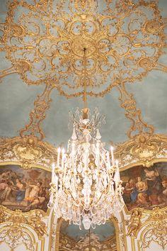 Ornate chandelier and ceiling at the Hotel de Soubise in Paris. #paris #parisdecor Gold Aesthetic, Classy Aesthetic, Aesthetic Vintage, Chandelier Design, Baroque Architecture, Architecture Wallpaper, Princess Aesthetic, French Home Decor, Queen