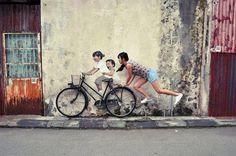 fun street art Série Walls par Ernest Zacharevic - Journal du Design