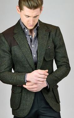 Custom sport coats and blazers from Michael Andrews Bespoke deliver exceptional fit and style you won't find anywhere else. Schedule your appointment today. Hunting Suit, Hunting Jackets, Mens Hunting Jacket, Tweed Shooting Jacket, Green Sport Coat, Norfolk Jacket, Tweed Outfit, Mens Fashion Suits, Men's Fashion