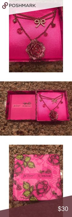 💕Gorgeous Betsy Johnson Necklace💕 Brand new Betsy Johnson Necklace 💕💕💕💕💕💕 New in box!!!!! Smoke free home 🏡 Jewelry Necklaces