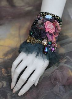 Victorian rose cuff bold cuff/wrist wrap with antique laces - Fleur Boheme, again. I LOVE her style, so glad her Etsy store has reopened. Fabric Beads, Fabric Ribbon, Textile Jewelry, Fabric Jewelry, Hairpin Lace Crochet, Crochet Edgings, Crochet Motif, Crochet Shawl, Fabric Flower Necklace