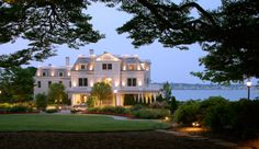 One of Newport's most elegant mansions, The Chanler at Cliff Walk has dramatic ocean views. <3