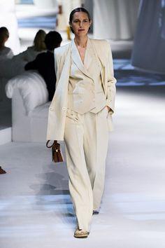Fashion Mode, Couture Fashion, Daily Fashion, Runway Fashion, Fashion Show, Fashion Outfits, Fashion Design, Milan Fashion, Fendi
