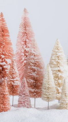 Ideas screen savers wallpapers winter wallpaper backgrounds for 2019 Christmas Tree Wallpaper Iphone, Christmas Phone Backgrounds, Christmas Tree Background, Winter Background, Winter Wallpaper, Nature Wallpaper, Wallpaper Backgrounds, Background Ideas, Iphone Backgrounds