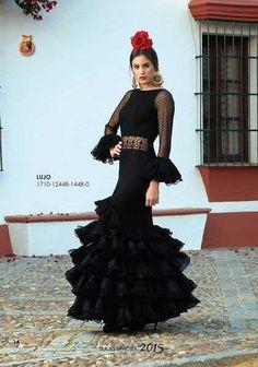 Traje de Flamenca modelo Lujo Flamenco Party, Flamenco Costume, Flamenco Skirt, Flamenco Dancers, Dance Costumes, Flamenco Dresses, Bridal Gowns, Wedding Gowns, Mexico Fashion
