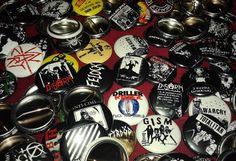 Pin Button 1inch... for info Order/Custom SMS/wa 62 85776751040 . Line: Skitnoise .  #pinbutton #pins #pingame #pinbuttonbadge #button #1inch #Client #custom #Jajanrock #punkjacket  #Punkdresspunk #Fukkerrecords #indonesia by fukkerrecords