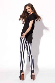 Stylish Stripe Print Leggings In Red Color