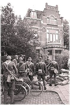 Dordt Open Stad: blokkade Willemstraat, Holland WWII - pin by Paolo Marzioli