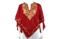 Cashmere Poncho, Wool Poncho, Kashmiri Shawls, Disney Princess Fashion, Red Scarves, Petite Women, One Size Fits All, Looks Great, Rich Colors