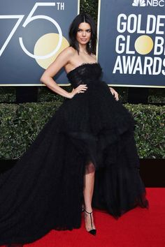 Kendall Jenner in Giambattista Valli at 2018 Golden Globes