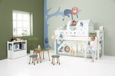 At Scandi-Kids, you will find a large set of scalable and modular beds manufactured by FLEXA, made from natural or bleached wood, and many accessories. Modular Furniture, Kids Furniture, Ideas Para Organizar, How To Make Bed, Halloween Kids, Kids Bedroom, Safari, Decoration, Kid Furniture