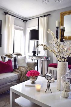 Terrific Gorgeous Apartment Living Room Decorating Ideas On A Budget pinarchitecture.c… The post Gorgeous Apartment Living Room Decorating Ideas On A Budget pinarch . Home Decor Bedroom, Home Living Room, Apartment Living, Living Room Decor, Living Spaces, Curtain Ideas For Living Room, Apartment Curtains, Small Living, Modern Living